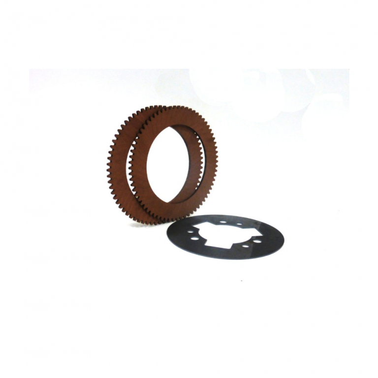 Toothed friction rings